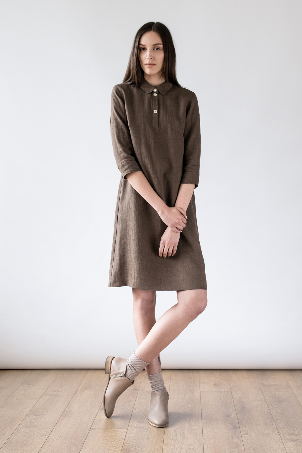 Emily dress brown linen by Ode to Sunday