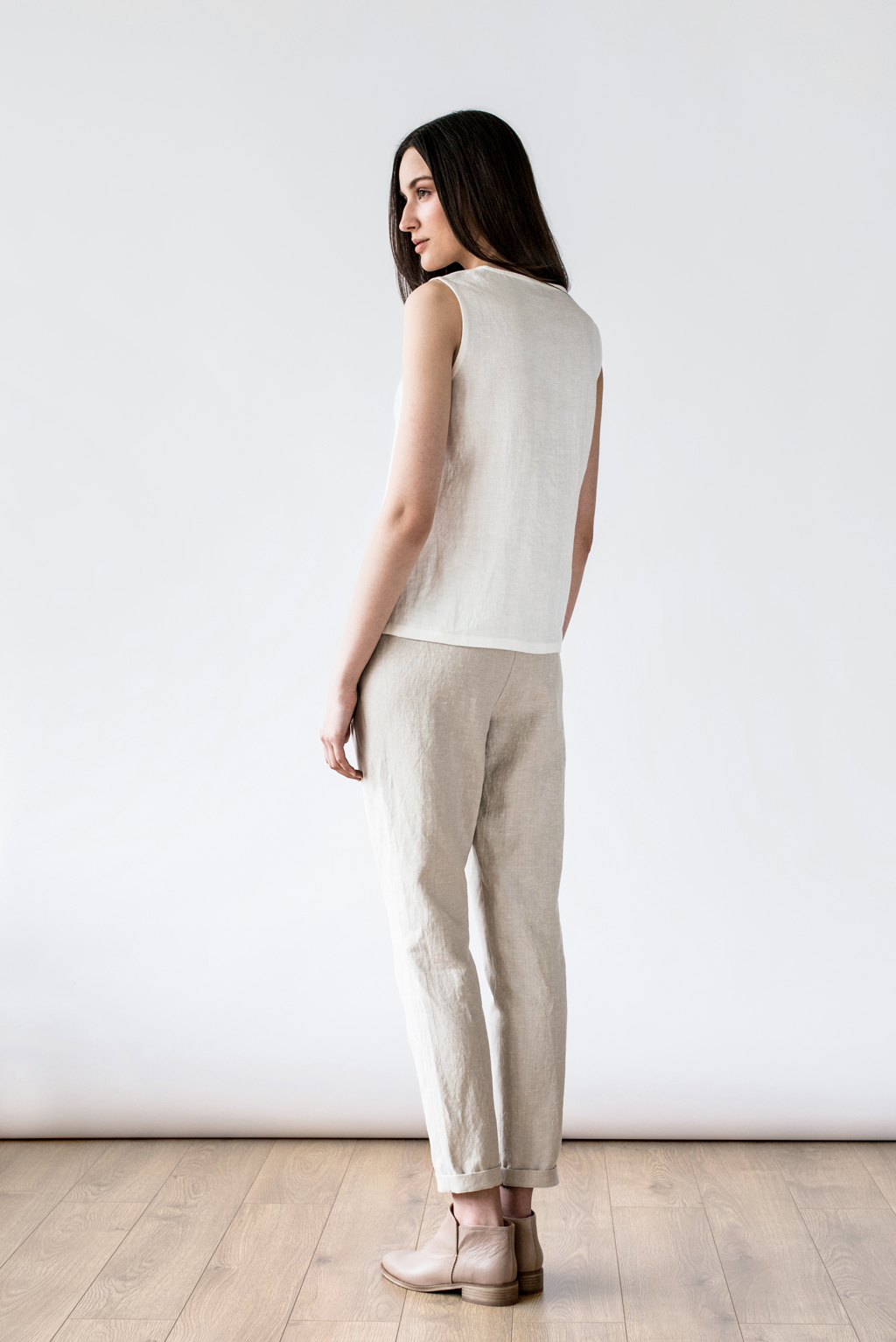 linen tank top by Ode to Sunday